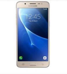 Samsung Galaxy J5 Metal 16 GB dourado Semi novo