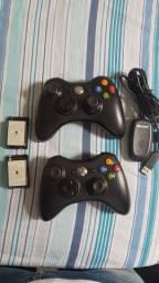 2 controle de XBOX 360 + Adaptador Wifi