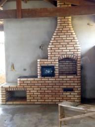 Churrasqueiras, fornos e fogões à lenha