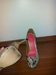 Peep toe shoestock
