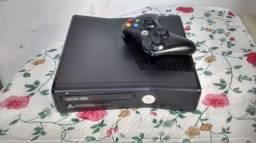 Xbox 360 2 jogos. LEIA