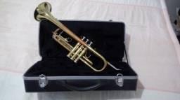 Vendo trompete em bom estado com estojo