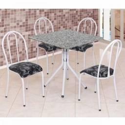 Mesa com 4 Cadeiras Tampo de Granito 75x75 cm
