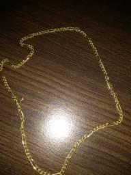 Corrente de ouro maciço
