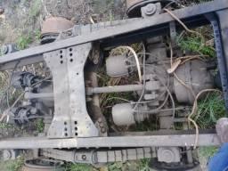 Vendo ou troco traçado com chassis mb 2325