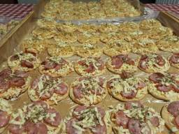 Mini pizza congelada