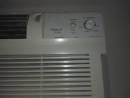 Dois Condicionadores de ar com preço de UM