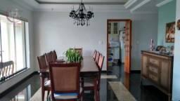Sobrado com 4 dormitórios à venda, 354 m² por R$ 1.170.000 - Jardim Maria Cândida - Caçapa