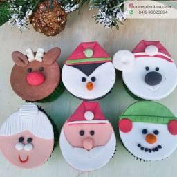 Cupcakes personalizados com tema natalino