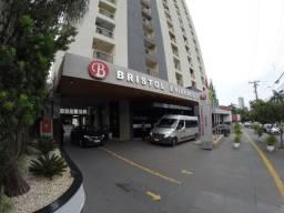 Flat em Goiânia - Prédio de Hotel (Bristol Evidence)