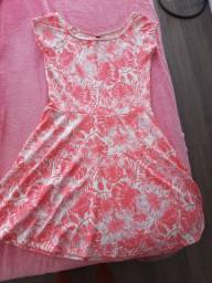 Vestido de menina nunca usado tam. 18
