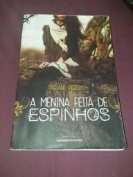 Livro A MENINA FEITA DE ESPINHOS