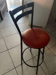 Título do anúncio: Vende-se cadeira de balcão