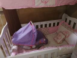 Bebê conforto e kit berço
