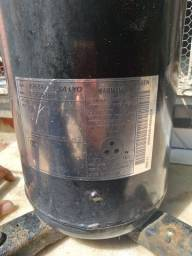 Título do anúncio: Compressor 60.000bthus