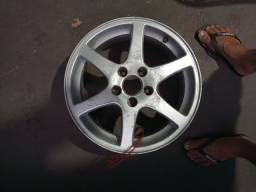 Vende-se roda liga leve aro16 5furos por 108 , alumínio