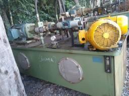 Unidade hidráulica com reservatório