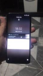 Moto G8 play vendo!