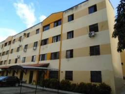 Apartamento com 3 dormitórios para alugar, 75 m² por R$ 790,00/mês - Damas - Fortaleza/CE
