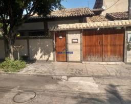 Belíssima Casa Com 3 Quartos em Mutuá - São Gonçalo!!!