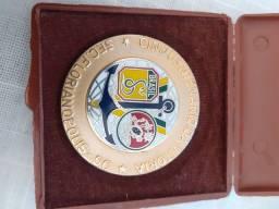 Vendo medalha comemorativa