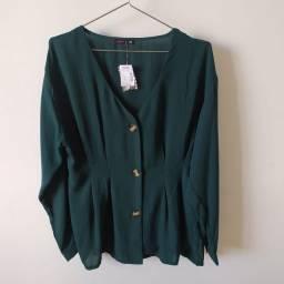 Blusa verde Marisa com botões manga longa