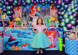 Título do anúncio: Vestido Ariel Tamanho 4 anos