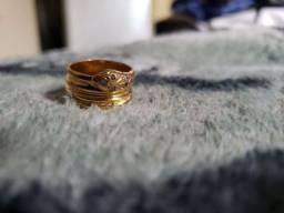 Título do anúncio: Anel de cobra dourado com pedrinhas UNISSEX