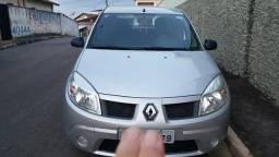 Vendo Renault sandero expression 1.6 8valvulas - 2010