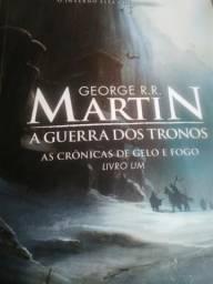 Livro A guerra dos tronos