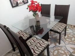 Mesa Tanpo de Vidro com 4 cadeiras