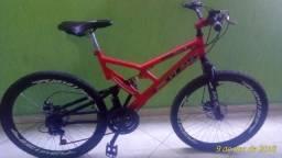 Bike semi-nova, valor negociável!!