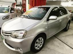 Toyota Etios Sedan Xs 1.5 Completo+Gnv - 2013