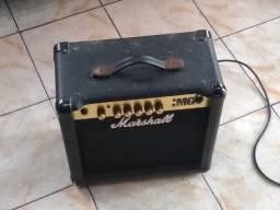 Amplificador Marshall com defeito
