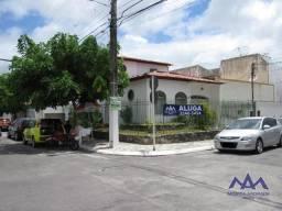 Casa com excelente localização, no bairro Salgado Filho