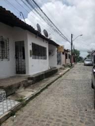 Alugo casas no Barro em Jardim São Paulo ao lado do condomínio Vila Jardim