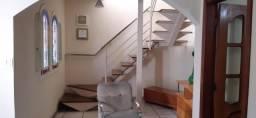 Título do anúncio: Casa com 3 dormitórios à venda, 200 m² por R$ 650.000,00 - Caiçara - Belo Horizonte/MG
