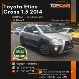 Toyota Etios Cross 1.5 2014 - 2014
