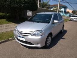 Toyota Etios revisões em concessionária, Estado de Novo, Manual, Chave Cópia, Aceito troca - 2014