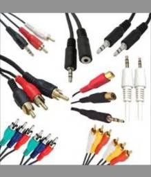 Diversos Tipos de Cabos para Eletrônicos