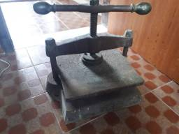 Prensa manual antiga
