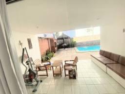 Linda casa, 5 qts + 1 Dep. Serv, piscina, 6 banheiros, 670 Mil, Candeias, Oportunidade