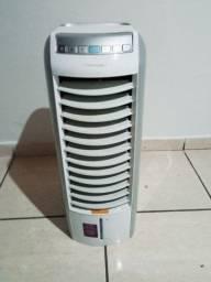 Título do anúncio: Climatizado umidificador com aquecimento Eletrolux 110vts