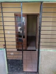 Título do anúncio: Aluguel de casa em Caxangá, 2 quartos!