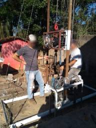 Maquina de furar poço, bomba dagua, cano, perfuração, troca, carro, moto, vaca,ovelha.