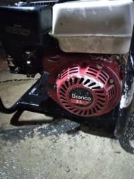 Motor de motobomba usado