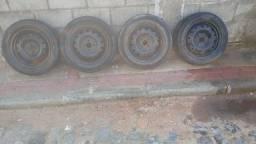 Título do anúncio: Aro 15 com pneus meia vida