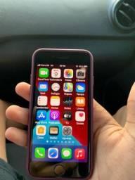 Vendo iPhone SE 2 geração