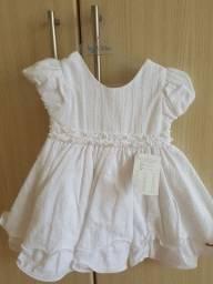 Vestidos brancos para batizado