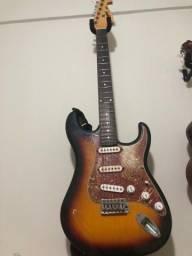 Guitarra mg32